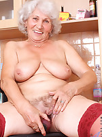 Anilos.com - Freshest mature women on the net featuring Anilos Betty old anilos