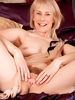 Anilos.com - Freshest mature women on the net featuring Anilos Hazel horny mature