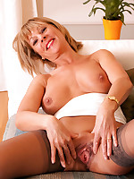 Anilos.com - Freshest mature women on the net featuring Anilos Elaine mature thumb