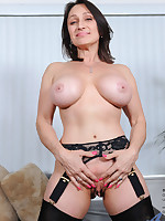 Anilos.com - Freshest mature women on the net featuring Anilos Jillian Foxxx real anilos
