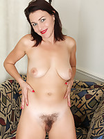 Anilos.com - Freshest mature women on the net featuring Anilos Betsy Long horny milf