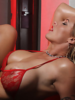 Eva Notty | evanotty.com |Eva Notty in Sexy High Heels